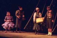 «Souriez Mlle Robi», Guylaine Tremblay et Simon Fortin à droite, 1987