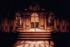 «Les  fausses confidences», photo du décor créé par Harold Girard, 1994
